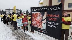 Zobacz pikietę pro-life przed szpitalem Pro-Familia w Rzeszowie - miniaturka