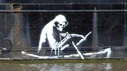 Słynny street artist Banksy pokazuje jak islamscy terroryści zestrzelili ... słonia Dumbo! - miniaturka