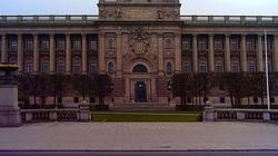 Szwedzi usunęli z parlamentu barokowy obraz, by nie urazić muzułmanów i feministek - miniaturka