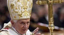 Ostatnie słowa Papieża. O 20.00 Benedykt XVI oficjalnie przestanie być Papieżem - miniaturka