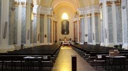 Ponad 100 chętnych do apostazji walczy z Kościołem - miniaturka