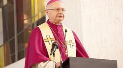 """Abp Zolltisch: Kongregacja """"to nie jest papież"""" oraz że reprezentuje """"tradycję"""", a nie opinię większości! - miniaturka"""