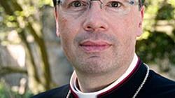"""""""Katolicki"""" biskup: seks przed ślubem to nie grzech śmiertelny - miniaturka"""