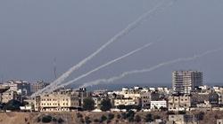 Grad rakiet spada na Izrael - miniaturka