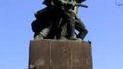 A jednak! Wojewoda mazowiecki, minister kultury i Kunert chcą przenieść z Pragi pomnik Czterech śpiących! - miniaturka