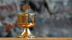 Msza na basenie i w namiocie piwnym – nowa akcja niemieckiego Kościoła - miniaturka