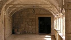 Na świecie zakonnicy odchodzą z klasztorów. Dlaczego? - miniaturka