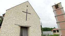 Krzysztof Zanussi buduje kościół - miniaturka