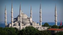 Ziemia pod budowę meczetu za poparcie w wyborach - miniaturka