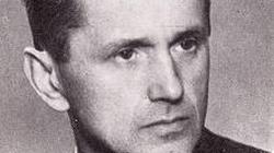 Opis 49 rodzajów tortur stosowanych przez UB wobec Kazimierza Moczarskiego z AK - miniaturka