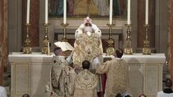 Drogocenne złoto w liturgii? Tak, ku chwale Pana! - miniaturka