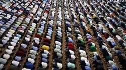 Muzułmanie rozpoczęli Ramadan. Państwo Islamskie intensyfikuje działania - miniaturka