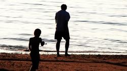 Brak ojca źle wpływa na rozwój dziecka, stwierdzili badacze - miniaturka