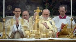 Papież chce kontynuować dzieło liturgiczne Benedykta XVI - miniaturka