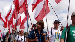Pielgrzymi także pamiętają. 69 flag na 69. rocznicę Powstania Warszawskiego - miniaturka