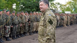 Poroszenko w Brukseli: Rosjan w Donbasie jest coraz więcej - miniaturka