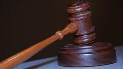 Kanada: Sąd zakazuje modlitwy w radzie miasta  - miniaturka