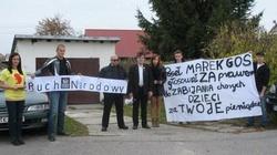 Kolejny protest pod Kościołem przeciwko posłowi, który zagłosował za zabijaniem chorych dzieci! - miniaturka