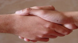 Nie zostawiajmy przyjaźni w łapach homoideologów - miniaturka