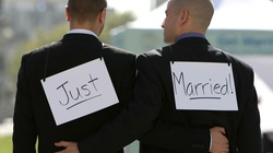 Protestanci w objęciach diabła. W Szkocji TAK dla homoślubów - miniaturka