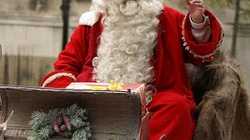 Były gangster postanowił zostać Świętym Mikołajem  - miniaturka