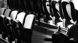 Skandal w teatrze. Chrystus kuszony przez półnagą Wenus  - miniaturka