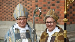 Niemiecki biskup Feige: Także kobieta mogłaby być księdzem - miniaturka