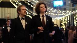 LGBT wkracza do szkół! ''Polonez Równości'' w warszawskim LO [WIDEO] - miniaturka