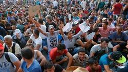 Węgry wypuszczają uchodźców. Najazd na Niemcy i Austrię - miniaturka
