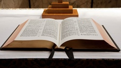 Kard. Gasparri: Przykazania Boga, przykazania Kościoła - miniaturka
