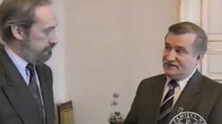 Wałęsa chce zobaczyć 'swoją teczkę'... Nieznany film! - miniaturka