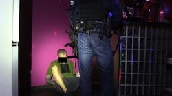 Cios w seksbiznes. Policjanci zlikwidowali podwarszawską agencję towarzyską - miniaturka