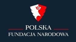 ,,Onet'' oskarża Polską Fundację Narodową. W tle prof. Chodakiewicz - miniaturka