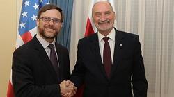Macierewicz spotkał się z delegacją z USA - miniaturka