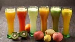Częste picie (soków owocowych) - skraca życie!!! Są niezdrowe jak cola?  - miniaturka