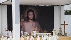 Francuzi pozytywnie zaskoczeni, że w Polsce można swobodnie wyrażać swoją wiarę! - miniaturka