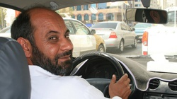 Unikaj taksówkarza-islamisty! Nie zabrał niewidomego pasażera bo... - miniaturka