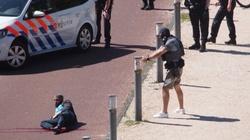 Atak nożownika w centrum Hagi! Trzy osoby ranne, sprawca postrzelony przez policję - miniaturka