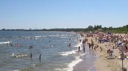 'PiS zakaże rozbierania na plażach'? Kolejny fejk Sokuzburaka! - miniaturka