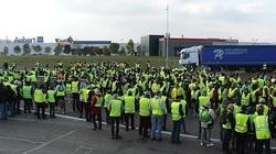 Francja: Aresztowano 10 członków 'żółtych kamizelek' - miniaturka