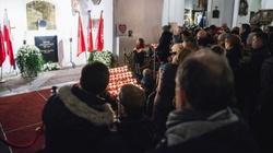 Pogrzeb Adamowicza: Mocny komentarz misjonarza - miniaturka