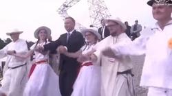 'Skandal! Duda tańczy na Lednicy!!!' Internet przypomina...  - miniaturka