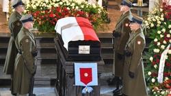 SKANDAL! Ważni politycy opozycji nie przyszli na pogrzeb premiera Olszewskiego - miniaturka