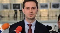 TOTALNY odlot Władysława Kosiniaka-Kamysza. Chce wpisania do konstytucji członkostwa w UE - miniaturka