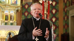 Abp Marek Jędraszewski ostrzega: Antychryst przebywa już na świecie - miniaturka