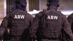 Dwie osoby w rękach ABW. Miały szykować zamach w Polsce - miniaturka