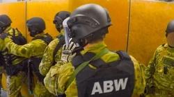 Niemiec w rękach ABW! Znaleziono u niego materiały wybuchowe i amunicję - miniaturka
