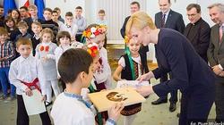 Dzieci z rodzin ewakuowanych z Ukrainy w Pałacu Prezydenckim - miniaturka