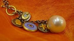 Pozbądź się talizmanów i amuletów - ich używanie to grzech! - miniaturka