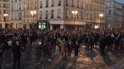 Francuzi modlą się na ulicach. Chcą otwarcia Kościołów - miniaturka